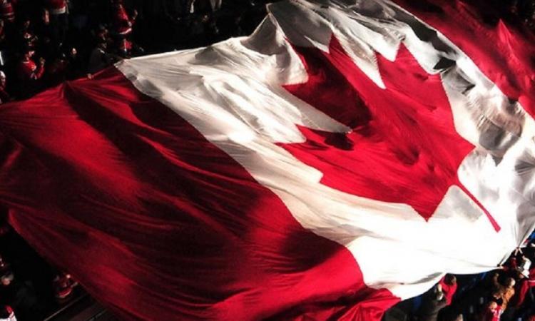 Équipe Canada crée une surprise au Centre Bell!