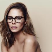 Maripier Morin pose en lingerie pour lancer sa nouvelle collection