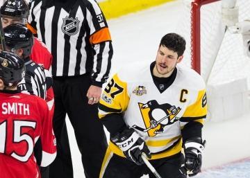 La vidéo du joueurs au banc des Sens qui s'en prend à Sidney Crosby