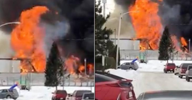 Un aréna du Québec est la proie des flammes!