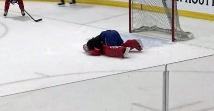 Carey Price atteint au cou par un tir de Brendan Gallagher!