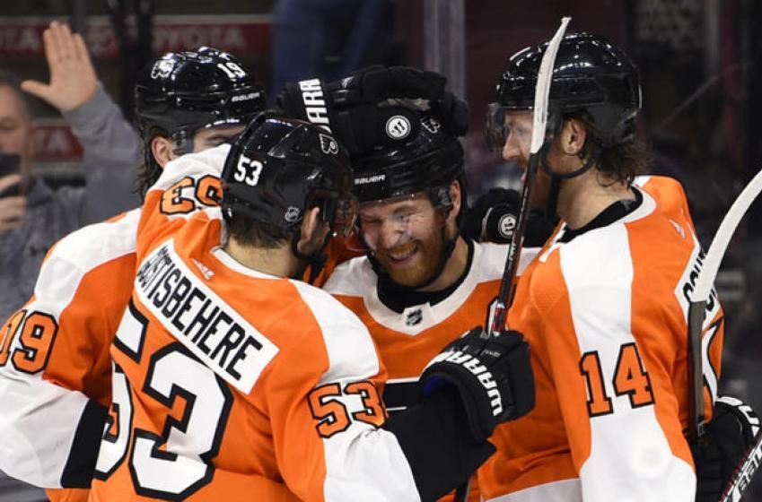 Tous les joueurs des Flyers sont à échanger... Sauf un!