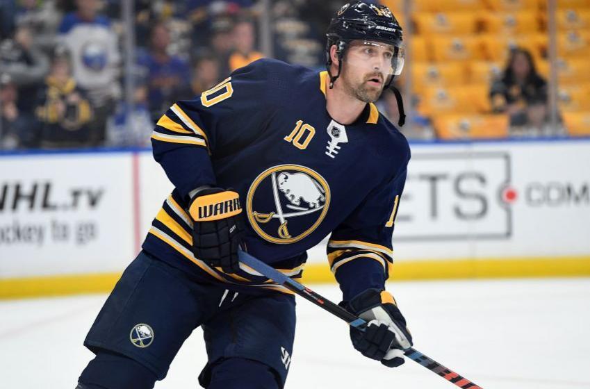 Patrik Berglund a quitté les Sabres parce qu'il souffre de dépression!