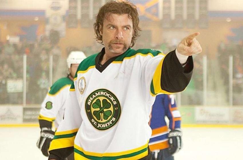 Repêchage de vedettes de films de hockey: Voyez qui serait le choix de chaque équipe!