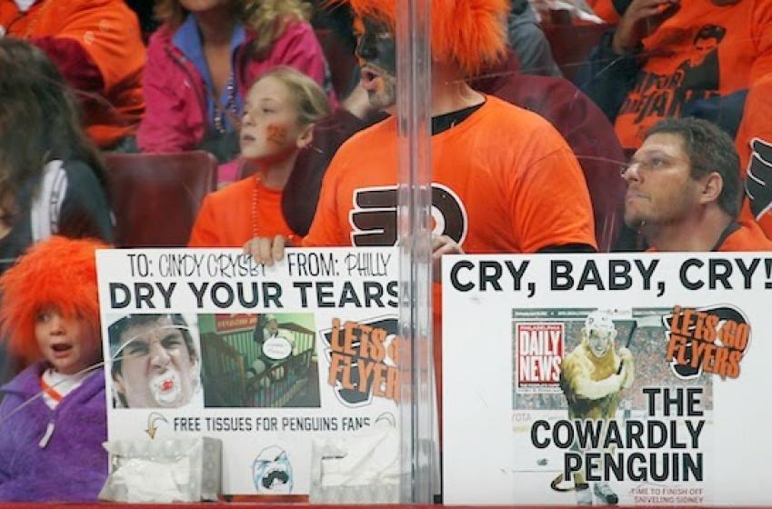 Les Flyers poussent la rivalité avec les Pens à un autre niveau!