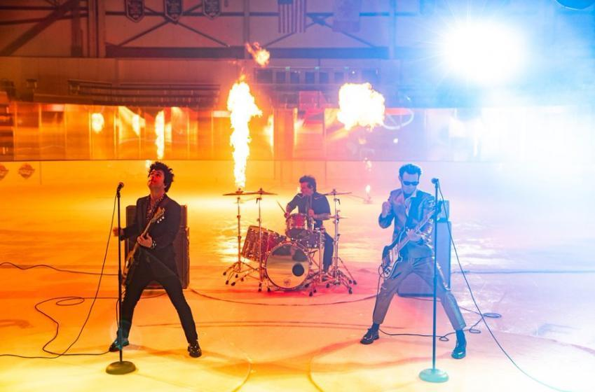Green Day dévoile son nouveau vidéoclip impliquant plusieurs joueurs de la LNH!