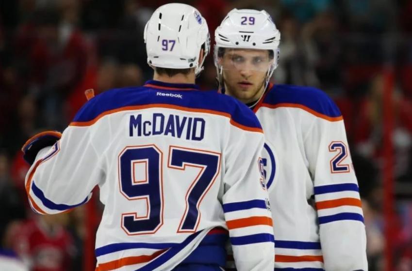 Les Oilers changent leurs trios en vue des séries!