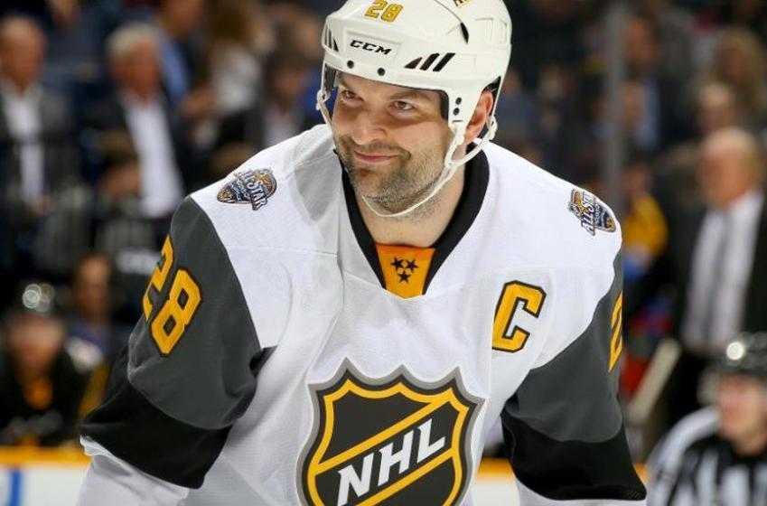 John Scott propose une transaction MONSTRE entre le CH et les Leafs!