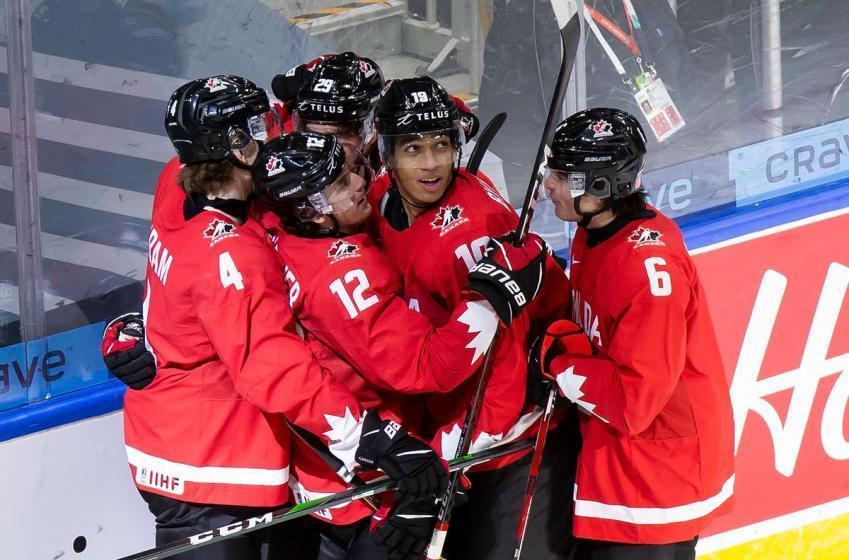 Voici les trios d'Équipe Canada Junior