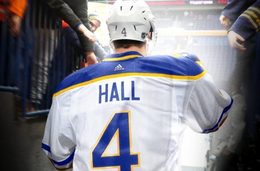 Taylor Hall a joué son dernier match avec les Sabres de Buffalo