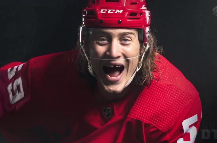 Tyler Bertuzzi se voit interdir l'entrée au Canada